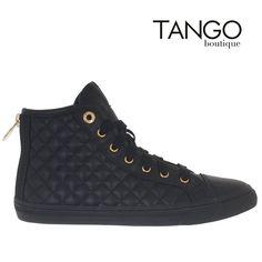 Μποτίνι Geox D4258AW17 Κωδικός Προϊόντος: D4258AW17 black Χρώμα Μαύρο Εξωτερική Επένδυση Συνθετικό Δέρμα Εσωτερική Φόδρα Δέρμα με Υφασμα Πατάκι Δερμάτινο Σόλα Λάστιχο  Μάθετε την τιμή & τα διαθέσιμα νούμερα πατώντας εδώ -> http://www.tangoboutique.gr/papout.../mpotini-geox-d4258aw17  Δωρεάν αποστολή - αλλαγή & Αντικαταβολή!! Τηλ. παραγγελίες 2161005000