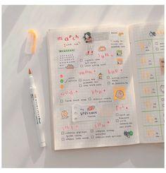 Bullet journal #scrapbook #ideas #aesthetic #blue #scrapbookideasaestheticblue Bullet Journal Notebook, Bullet Journal Themes, Bullet Journal Spread, Bullet Journal Inspiration, Study Journal, Journal Layout, Book Journal, Journals, Journal Ideas