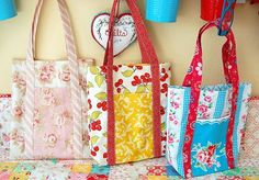 Quirky bags from 3 fat quarters, and the best part? The PDF instructions are super clear!.