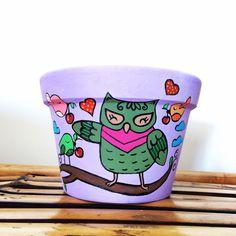 Corujinha  #arte #artesanato #vasodeplanta #pintura #flores #vaso #vasospersonalizados #desenho #colorido #alegre #amor #artista #painted #mother #art #craft #flowers #vase #color #colorful #drawing l#love #painting #vase #passaros #passarinhos #passaro #bomdia #coruja #corujinha