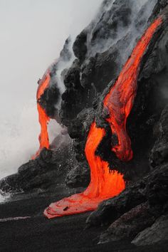 lava, volcano, and red image Volcan Eruption, Dame Nature, Lava Flow, Parc National, Natural Phenomena, Science And Nature, Natural Wonders, Belle Photo, Amazing Nature