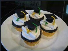 Graduation day #cupcake #food #gourmand #yummy #etudes #bachelor #master #education #business #school