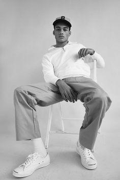 supamodelmanagement.com Model Reece King styling is niet heel veel gedaan, maar juist omdat het zo simpel is en ook nog in zwart wit is het heel fijn om er na te kijken.