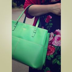 """Green Kate Spade Tote / Laptop Bag Stunning bright green bag, perfect for a 13"""" laptop! Carries all of your work day essentials with a sturdy, structured bottom. kate spade Bags Laptop Bags"""