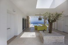 Villa in Messinia,© Panagiotis Voumvakis