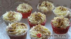 Cupcakes με γεύση τιραμισού #sintagespareas Cake Cookies, Cupcake Cakes, Cup Cakes, Tiramisu Cupcakes, Greek Sweets, Greek Recipes, Sweet Tooth, Muffins, Cheesecake
