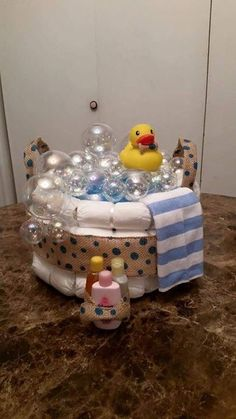 The latest hacks and instructions for baby shower diaper cake ideas: baby shower girls . - The latest hacks and instructions for baby shower diaper cake ideas: baby shower girls …, # Instr - Baby Shower Nappy Cake, Cadeau Baby Shower, Diaper Cake Boy, Baby Shower Diapers, Mini Diaper Cakes, Nappy Cakes, Cake Baby, Fiesta Baby Shower, Baby Shower Duck