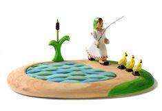 ✅ Cauti Jucarii din lemn? Descopera pe bumbutoys.ro Jucarii educative SET Lac, Papura, Fata si Bobocii_1 . In fiecare zi Mariuca duce bobocii la iaz si ii invata cum sa creasca mari. Ea ii invata drumul de acasa spre iaz si de la iaz spre casa. Ea ... Learning Through Play, Kids Learning, Wooden Figurines, Natural Toys, Emotional Development, Waldorf Toys, Montessori Toys, Wood Toys, Fine Motor Skills