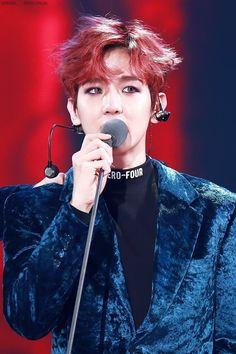 EXO @ Melon Music Awards // baekhyun // his tears at winning the award <3 <3