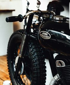 The sweetest looking Jawa ever #motorcycle #brat