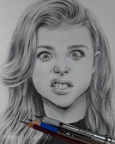 Wonderful pencil drawing works by Honey Blade