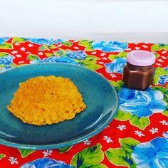 Voltamos a Liliput com Mini Bolo de Cenoura com Calda de Brigadeiro. #bolodecenoura #brigadeiro 🌱🐔🐄🍫🍰 @donamanteiga #donamanteiga  #danusapenna #amanteigadas #gastronomia #food #bolos #tortas www.donamanteiga.com.br