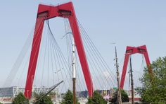 Willemsbrug in Rotterdam by A. Veerling