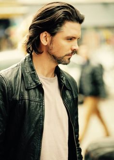 Andrew Lee Potts new pic for his new movie Host. He looks so awesome in a leather jacket