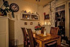 Martina hat uns in ihre Wohnung nach Wegberg eingeladen. Abends verleihen unzählige Kerzen der Wohnung eine romantische Atmosphäre. #homestory #homestoryde #home #interior #design #inspiring #creative #candles #wegberg