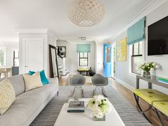 neutral living room with pops of color | Clean Design