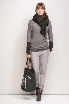 Love that sweater and bag!