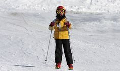 Ski helmets may be getting more fashionable, but that doesn't mean brain injuries are getting less common. The New York Times says that in the US about 70% of skiers and snowboarders now wear helmets (triple the number in 2003) but that brain injuries or deaths haven't fallen. So are helmets giving us a false sense of security, or is the data misleading?