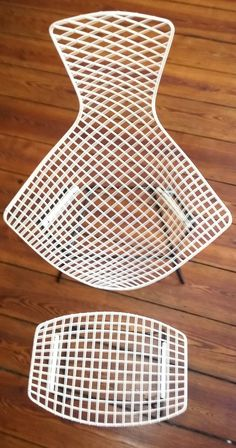 High Quality The Diamond Chair Was U201csculptedu201d By Harry Bertoia Using Steel Rods And Hand  Welding. It Features A Delicate Filigreed Appearance Thatu0027s Supremely Su2026