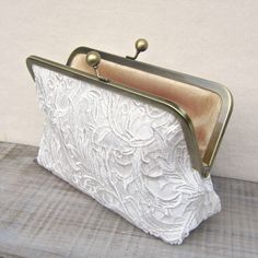 Ivory lace clutch off white bridal clutch por ConstanceHandcrafted