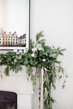 Minimal & Merry Holiday Home Tour with The Identité Collective Christmas Greenery, Decoration Christmas, Christmas Mantels, Christmas Wreaths, Christmas Villages, Holiday Decorating, Decorating Ideas, Christmas Ornaments, Modern Christmas