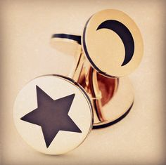 A star and the moon. Cufflinks. #taffinjewelry #taffin #jamesdegivenchy