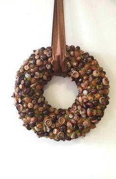 Autumn wreath, Winter wreath, Front door wreath, Chestnuts, Natural wreath, Helloween decor, Nuts wr Autumn Wreaths, Christmas Wreaths, Christmas Stuff, Wreaths For Front Door, Door Wreaths, Advent Candles, Linen Storage, Nutcracker Christmas, Autumn Nature