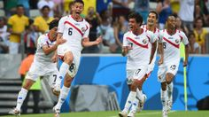 FORTALEZA, BRAZIL - JUNE 14: Oscar Duarte of Costa Rica (2nd L) celebrates scoring his team's second goal with teammates during the 2014 FIFA World Cup Brazil Group D match between Uruguay and Costa Rica at Castelao on June 14, 2014 in Fortaleza, Brazil. (Photo by Laurence Griffiths/Getty Images)  2014 FIFA World Cup Brazil™: Uruguay-Costa Rica - Photos - FIFA.com