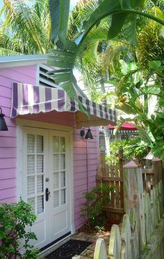 Dine and Shop Like a Boss, Relax Like a Diva in West Palm Beach Florida - Beaches Bars and Bungalows