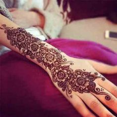 Explore latest Mehndi Designs images in 2019 on Happy Shappy. Mehendi design is also known as the heena design or henna patterns worldwide. We are here with the best mehndi designs images from worldwide. Eid Mehndi Designs, Mehndi Patterns, Mehndi Design Images, Mehndi Designs For Hands, Mehndi Tattoo, Henna Tattoos, Henna Tattoo Designs, Tattoo Ideas, Henna Designs Arm