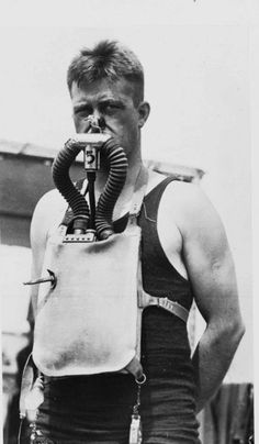 Charles B. Momsen: The Lieutenant was the expert for underwater rescues...