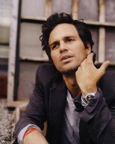 Mark Ruffalo. Someone mentioned Mark Ruffalo, and just like yesterday's Sebastian Stan episode, i gotta pin him. xD