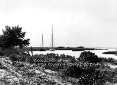 Peconic Bay Oyster Sloops at New Suffolk, c. 1900, by Hal B. Fullerton. Image from the SCHS Harry T. Tuthill Fullerton Collection [149.7.98], copyright © 2011 Suffolk County Historical Society. All rights reserved.