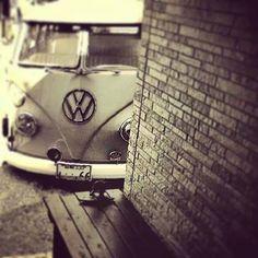♠ Vw T1, Volkswagen, Short Bus, Vw Vans, Vw Camper, Vw Beetles, Amazing Cars, Jeeps, Hot Rods