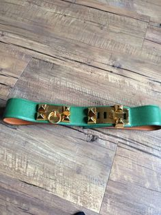 Hermes Belt Collier De Chien CDC Belt Kelly green leather. Vintage 90's #Hermes