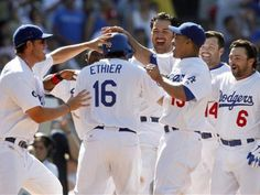 Love me some happy Dodgers!