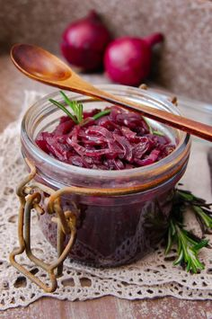 Punasipulihilloke – Herkkusuut.com I Love Food, Good Food, Vegetarian Recipes, Cooking Recipes, Onion Recipes, Food Inspiration, Healthy Life, Meal Planning, Side Dishes