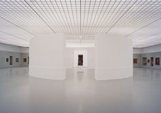 Image 1 of 10 from gallery of Pure Ruben / Ard de Vries Architecten. Photograph by Kim Zwarts Exhibition Space, Museum Exhibition, Space Gallery, Art Gallery, Museum Lighting, Museum Displays, Space Architecture, Pure Products, Inspiration