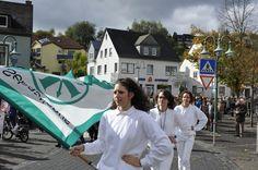 Impressionen vom Festumzug bei den Bundesjungschützentagen in Daun.
