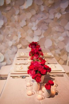 Simple pink and red roses on white linen.  Floral Design by blumfloraldesign.com
