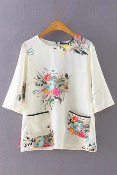 Floral Print Round Neckline Short Sleeve T-shirt with Large Pocekts - US$15.95 -YOINS