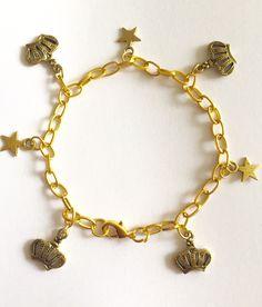 Gold Crown, Queen, My Etsy Shop, Charmed, Stars, Bracelets, Jewelry, Golden Crown, Charm Bracelets