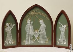 Nativity scene No. 10514 Dark frame with glass, dimensions 44 x 29 cm, green… Bobbin Lacemaking, Bobbin Lace Patterns, Frame Background, Holy Night, All Craft, Lace Knitting, String Art, Light In The Dark, Nativity