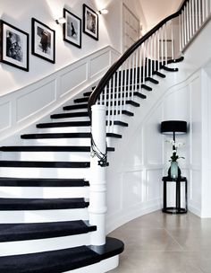 Modern Staircase Design Ideas - Modern stairways can be found in lots of design and styles that can be real eye-catcher in the different area. We've compiled ideal 10 modern versions of stairways that can provide. Modern Staircase, Staircase Design, Staircase Ideas, Craftsman Staircase, Black Staircase, Staircase Decoration, Staircase Runner, Hallway Ideas, Design Your Home