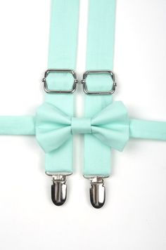 Mint bow tie & suspenders, mint suspenders, mint green bow tie, ring bearer outfit, mint wedding, boys mint bow tie, toddler suspenders von DapperGent auf Etsy https://www.etsy.com/de/listing/221428399/mint-bow-tie-suspenders-mint-suspenders
