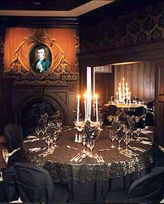 Disney Dining Experience: Dinner at the Haunted Mansion, 2002  (Walt Disney World) Wish I could have had my wedding reception here