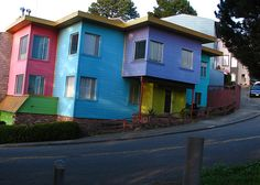 three colored house sf