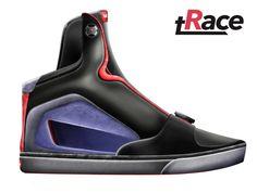 tRace | #vans #snowboots #concept #design #stivalidaneve #snowboard #freddo #snow #camilabettinelli #foot #feet #sport #purple #violet #trace #race