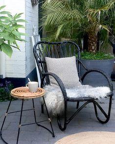 #kwantum repin: Kruk BARCELONA > https://www.kwantum.nl/meubelen/stoelen/krukken/meubelen-stoelen-krukken-kruk-barcelona-zwart-0751000 @leukwonen