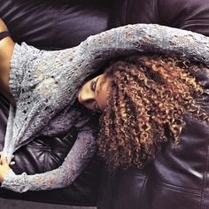 Gorgeous hair color and curls! You guys that have curly hair try mixed chicks hair products!